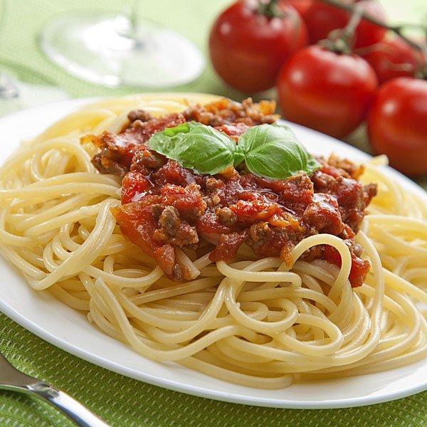 Recetas de cocina faciles para estudiantes espaguetis a la for Plato de espaguetis