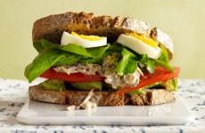 201001-omag-superfood-sardine-sandwich-600x411